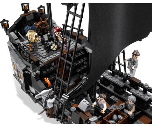Pirates of the Caribbean Fluch der Karibik The Black Pearl Building Blocks Gift