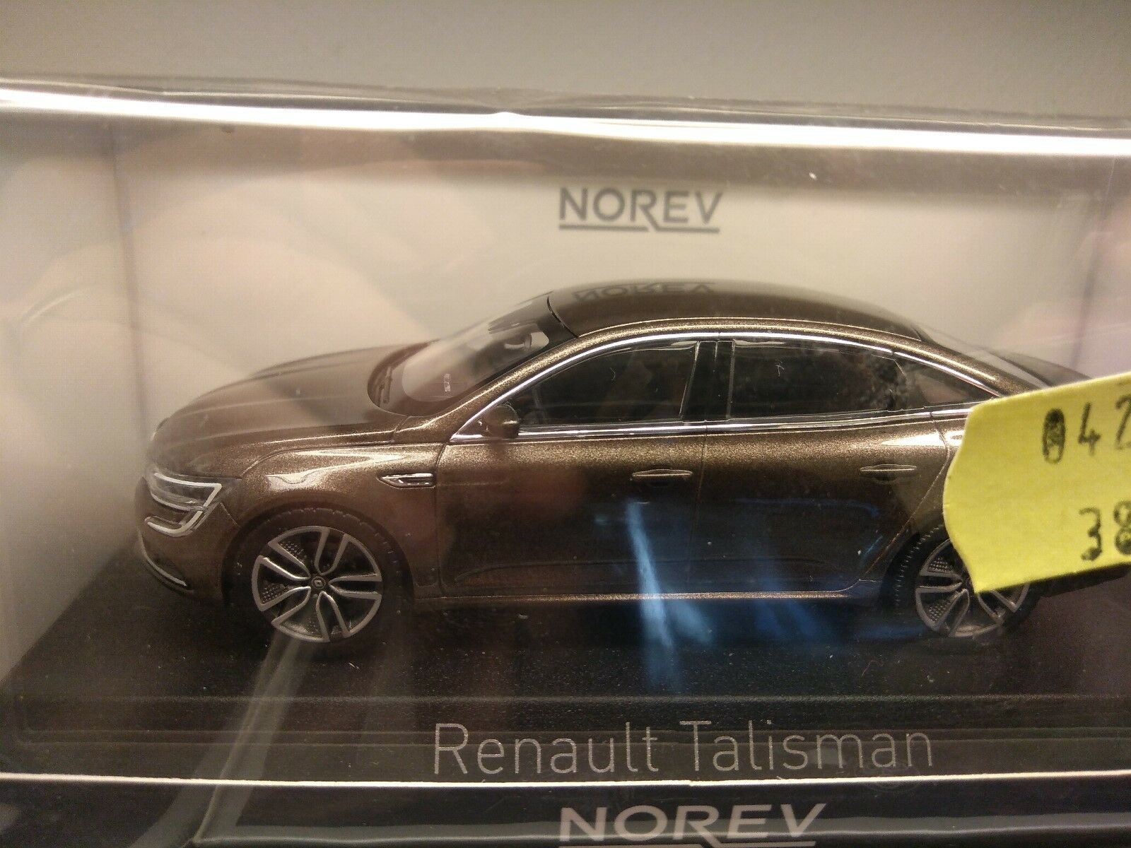 Miniature 1 43 Norev die cast Renault Talisman 2016 marron