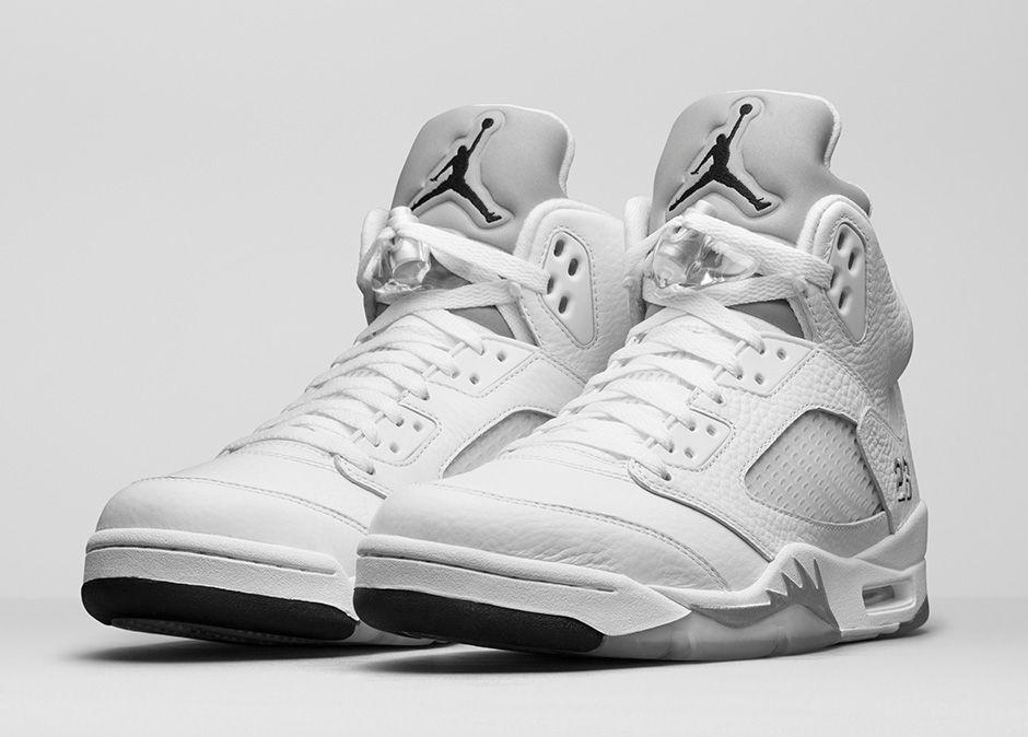2015 Nike Air Jordan 5 V Retro White Metallic Silver Size 13. 136027-130 1 2 3 4