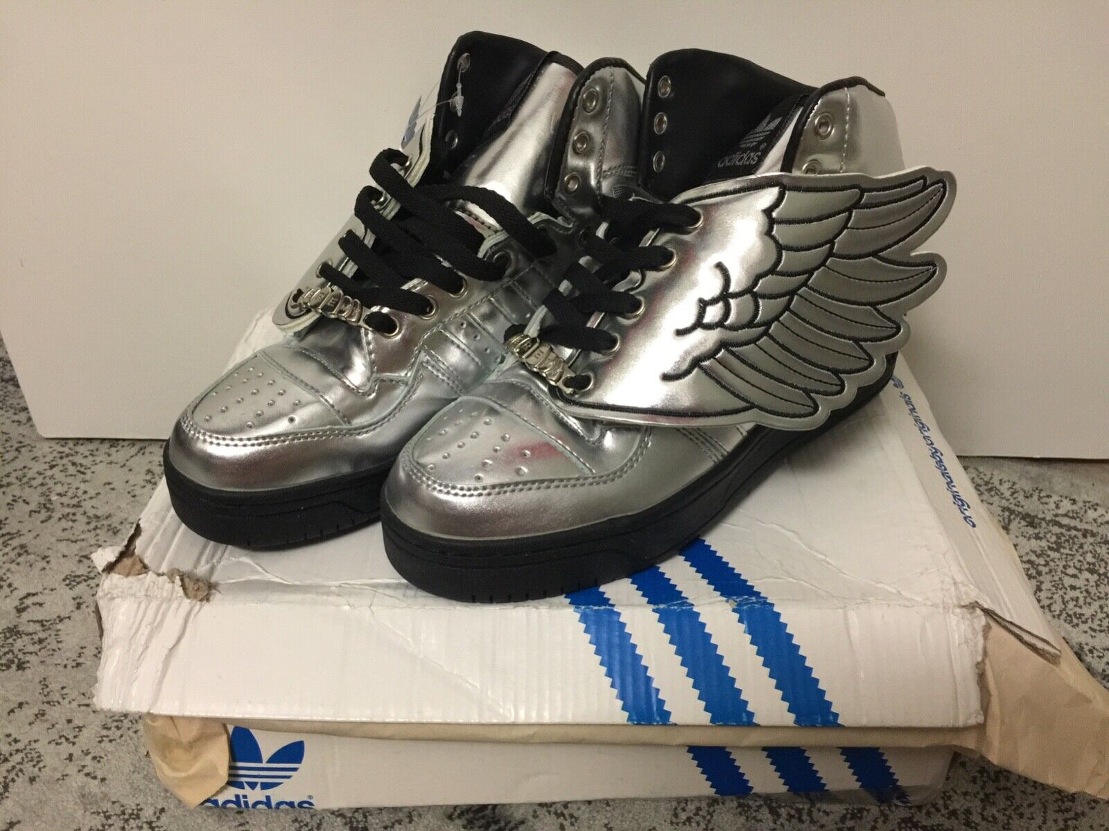 RARE NIB NWT Adidas Jeremy Scott Silver Metallic Wings Wings Wings 1st ed US M 6.5 W 8 add73f