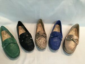 New-Isaac-Mizrahi-Live-Python-Embossed-Leather-Moccasins-7M-Select-Color