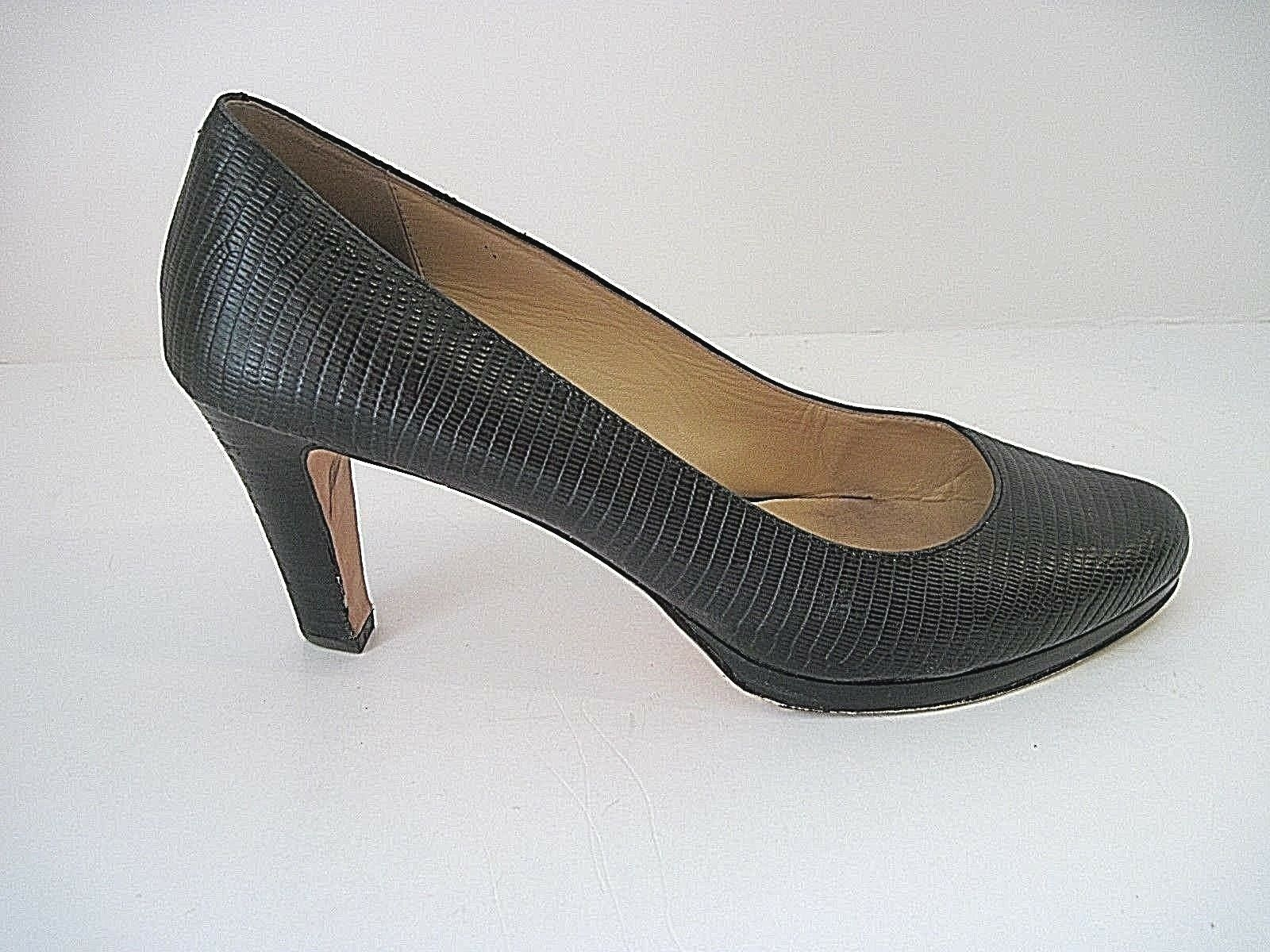 Cole Haan Black Leather Heels Pumps - Size 9B