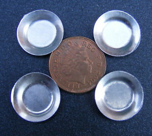 1-12-Scale-4-Round-Tin-Tray-039-s-Dolls-House-1-7cm-Metal-Plates-Food-Accessory-S