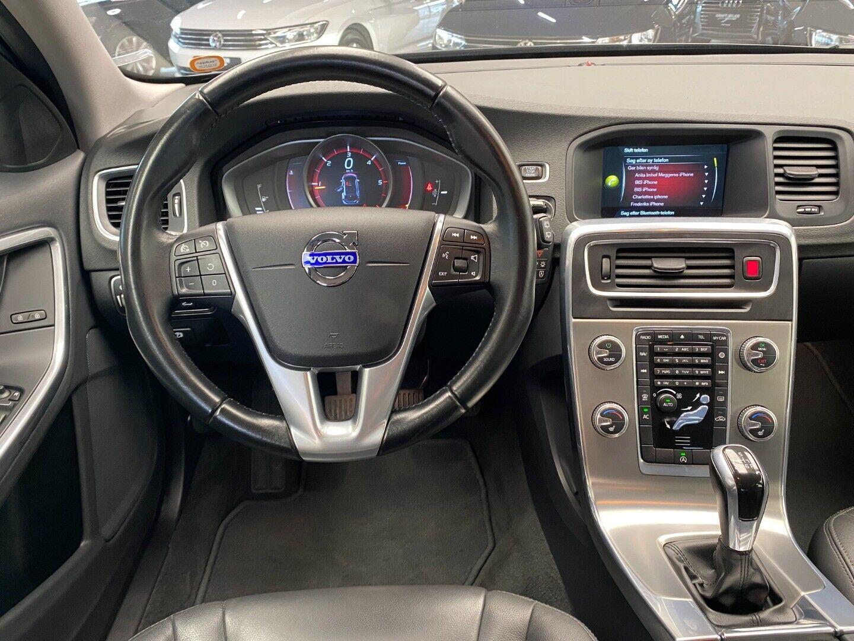 Billede af Volvo V60 2,0 D4 181 Momentum