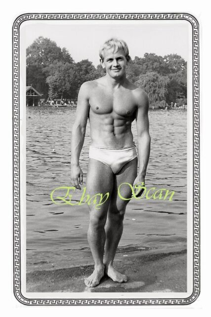 VINTAGE PHOTO MUSCULAR NEAR NUDE MAN IN UNDERWEAR BULGE BY LAKE GAY INTEREST 117