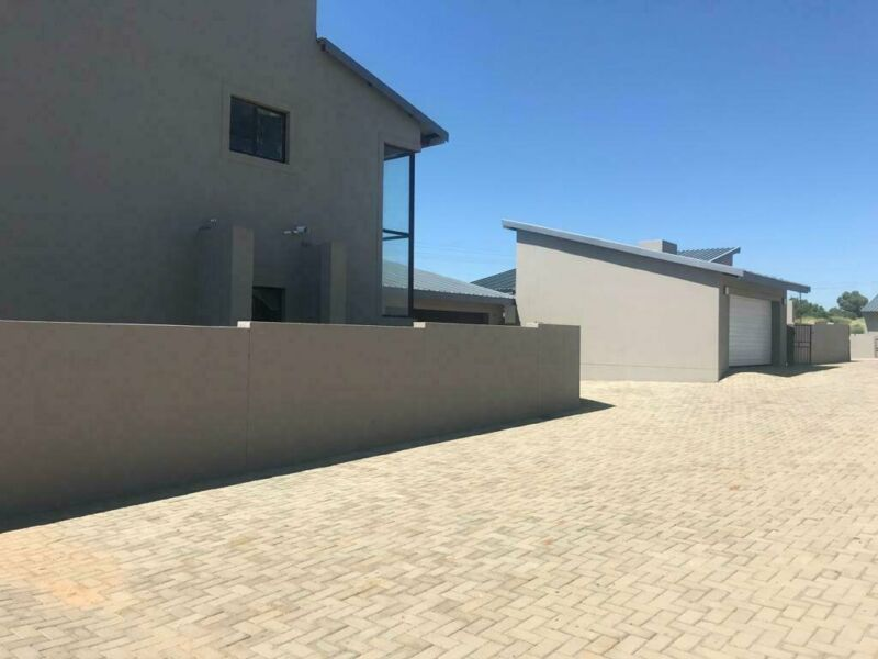2 Bedroom Townhouse For Sale in Rayton