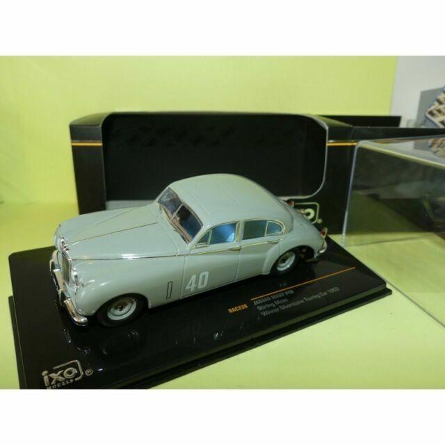 1:43 Ixo Jaguar MK 7 #40 Winner Silverstone Touring Car Moss 1953