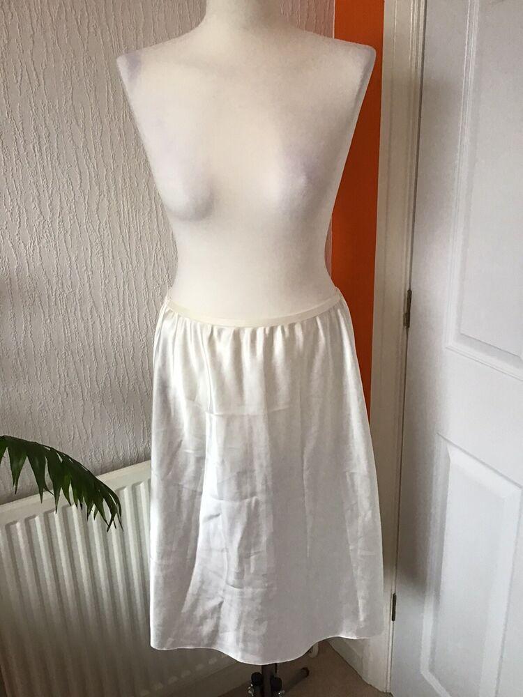 2x M&s Crème Underskirts Pettycoats 16-18