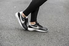 los angeles 70f42 515aa NIKE ROSHE LD-1000 BLACK SUMMIT WHITE TEAM ORANGE WMN SZ 8.5 819843-005