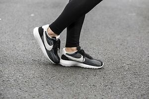 promo code 1ee10 4b0ff Image is loading NIKE-ROSHE-LD-1000-BLACK-SUMMIT-WHITE-TEAM-