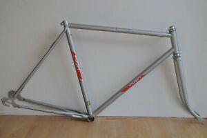 Vintage-1980-039-s-Puch-Steel-Road-Bike-Frame-amp-Fork-Silver-Grey-21-5-034-54-5cm