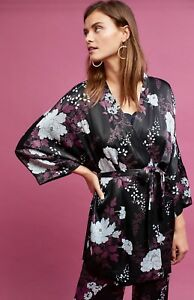 04a754d138f84 Image is loading NWT-Anthroologie-black-Satin-Floral-Removable-Sash-Kimono-