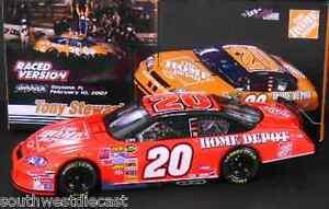 Tony-Stewart-2007-Motorsports-Authentics-1-24-20-Home-Depot-Bud-Shootout-Raced