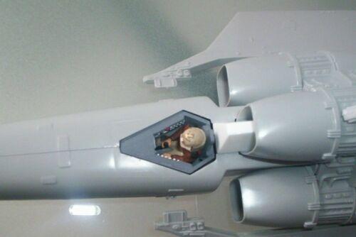 Battlestar Galalctica Custom 1//32 scale Viper Cockpit with pilot kit