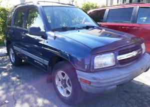 2002 Chevrolet Tracker tout équipé, 4x4