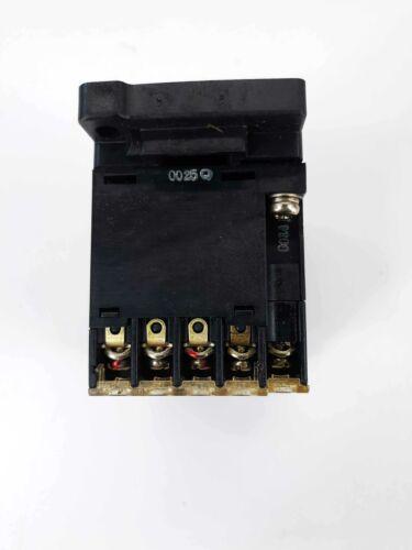 Fuji SJ-0G Contactor 24VDC Coil w//Overload Relay 2.8-4.2A