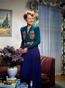 CBS-OLD-TV-RADIO-PHOTO-Mary-Astor-from-radio-program-Hollywood-Showcase-3