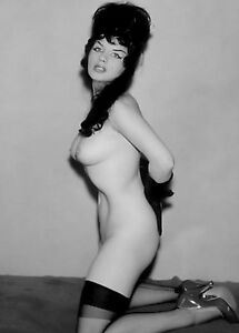 tall-nude-woman-with-black-hair
