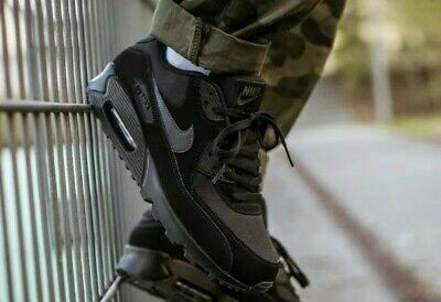 Nike Air Max 90 Nero Essential Triple Sneaker Uomo AJ1285 011 UK Taglia 9 EU 44   eBay
