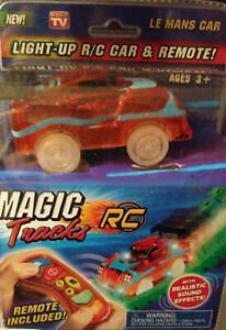 Magic-Tracks-Light-Up-Remote-Control-Race-Car-AS-SEEN-ON-TV-BRAND-NEW