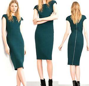 Vestido verde esmeralda de zara