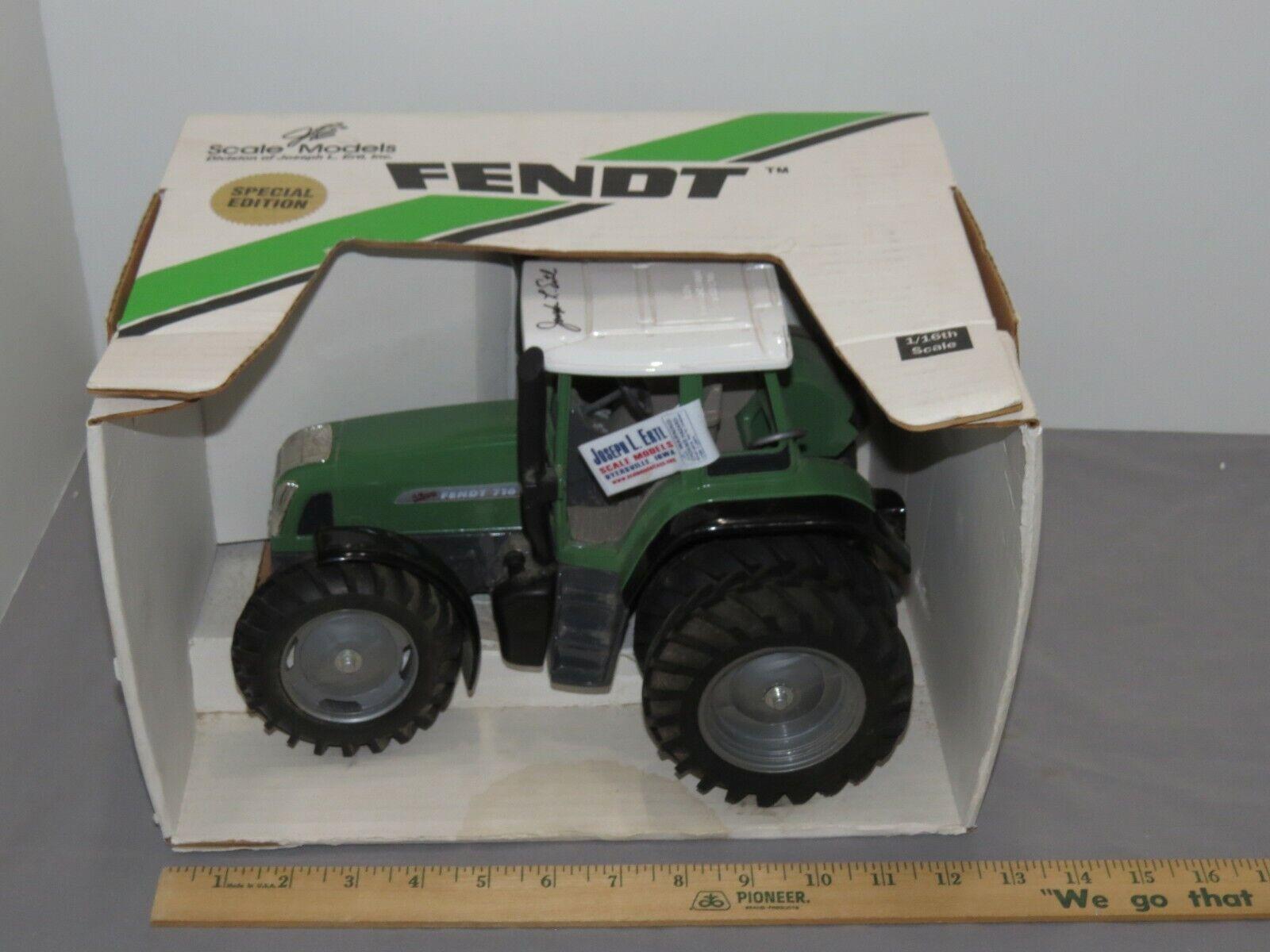 modellolo Fendt 716 Trattore Giocattolo 1 16 modellololi in scala Giocattolo Trattore Nuovo in Scatola pesanti  DUAL GOMME