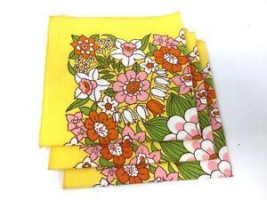 Vintage-1970-039-s-Flower-Napkins-Set-of-3-Orange-Pink-amp-Yellow-Flowers