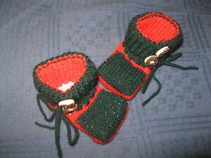 Baby Erstlingsschühchen Strickschuhe Babyschuhe Jägergrün/rot,hornknöpfe,häkel Kleidung, Schuhe & Accessoires