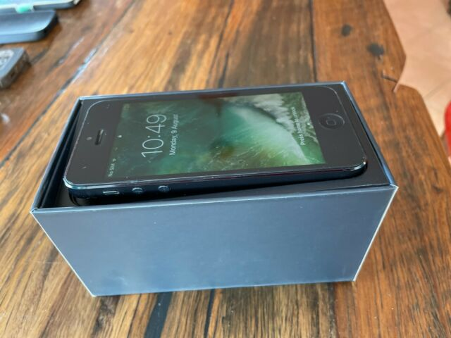Apple iPhone 5 - 64GB - Black and Slate A1429