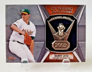 2013-TOPPS-BARRY-ZITO-CY-YOUNG-AWARD-COMMEMORATIVE-RELIC-CY-BZ-A-039-S