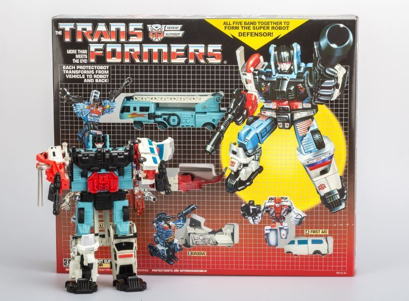 TRANSFORMERS G1 Reissue PredECTOBOTS DEFENSOR AUTOBOT Gift Kids Toy Action