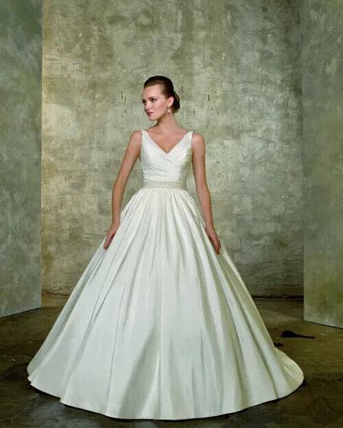 Mori Lee Ivory Taffeta Ballgown V Neck Wedding Dress(4608) UK10 U/skirts & Cover