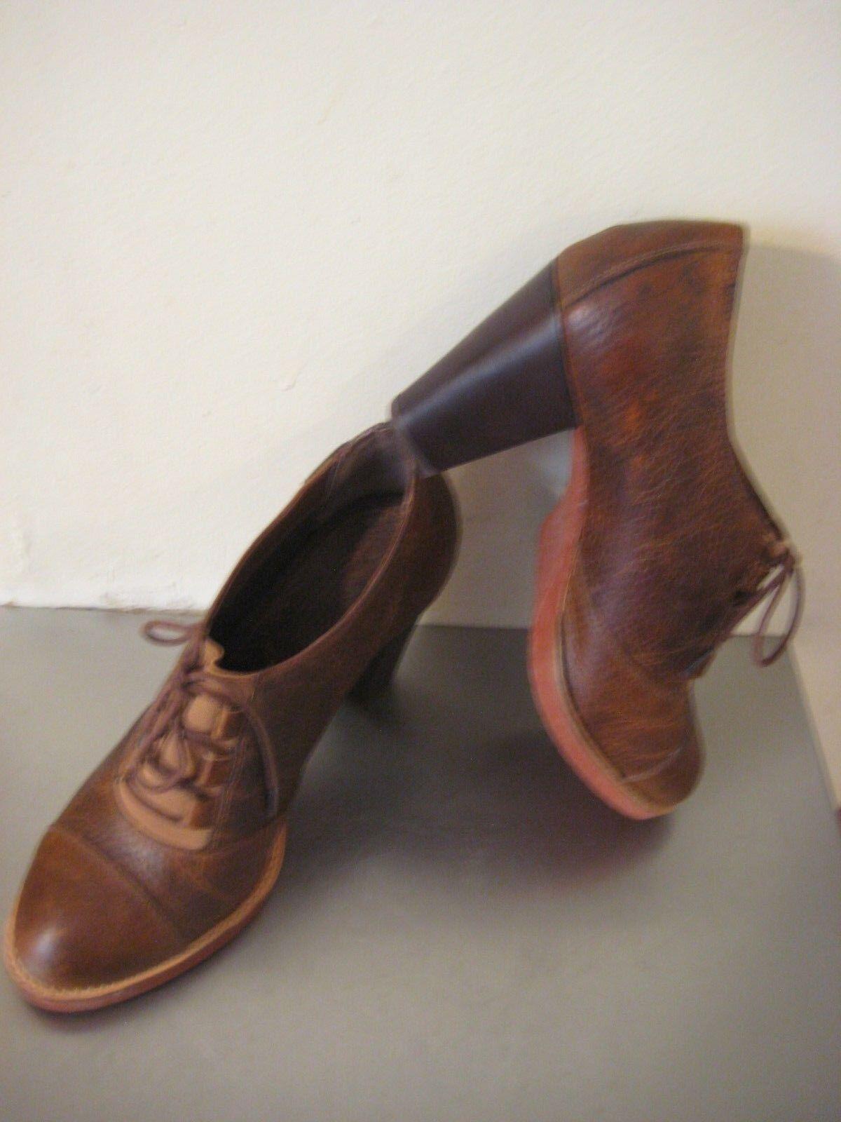 G. H Bass & Co. Schuhes Oxford Pumps Brogues Leder Lace up Heels. Sz 7.5