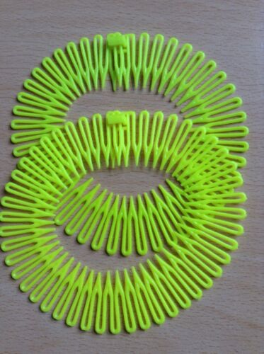 A Twin Pack Of Fluorescent Yellow Zig Zag Shark Tooth Head//Hair Bands