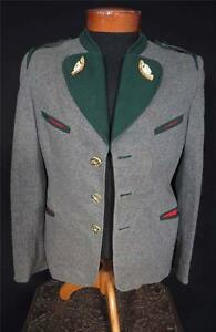 RARE-VINTAGE-1950-039-S-GREY-AND-GREEN-WOOL-TYROLEAN-JACKET-CARVED-ANTLER-SIZE-SMALL