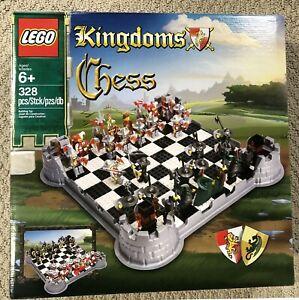 Lego Castle  Kingdoms Chess Set 853373 New