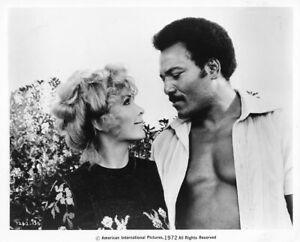 1972 Vintage photograph SLAUGHTER - STELLA STEVENS & JIM BROWN