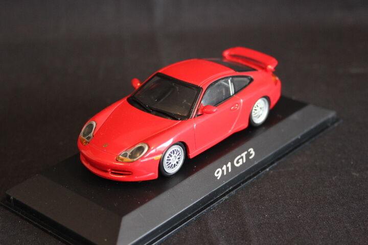 Minichamps (DV) Porsche 911 GT3 2003 1 43 rouge (HB)