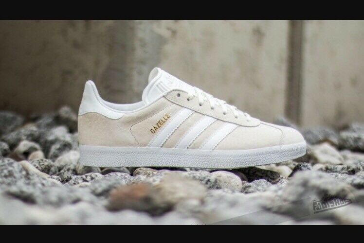 Adidas Gazelle Sz 10.5 Men's Off White Tan GOLD Trainers Shoes Sneakers BB5475