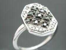 Beautiful 0.30ctw White&Black Diamonds, 10k White Gold Ring size 6.5