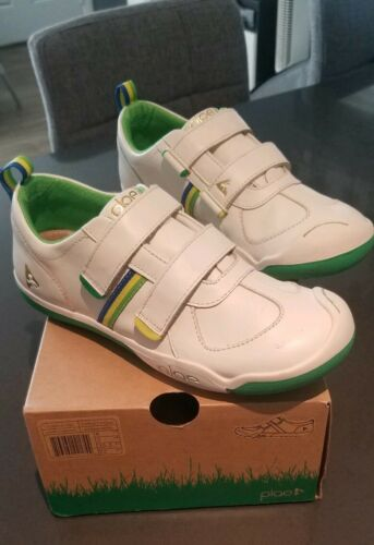 Plae Charlie Waterproof Kids Shoes All Leather Sneakers Size 4 Antique White