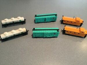 6-pcs-Vintage-HO-Scale-Bachmann-Tyco-AHM-x-Caboose-amp-other-Cars-STA-FE-ETC
