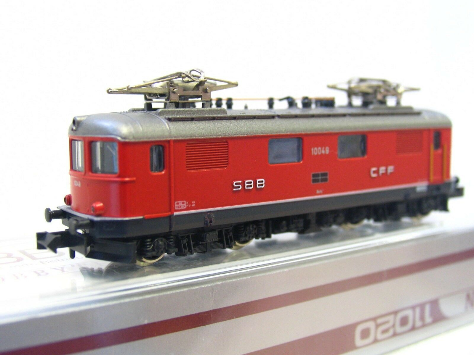 Hobbytrain N 11020 E-Locomotive Re 4 4 10049 SBB CFF OVP (v9957)