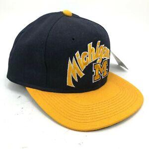 Vintage-Michigan-Wolverines-Sports-Specialties-Lana-Gorra-Ajustada-Texto-Block-M