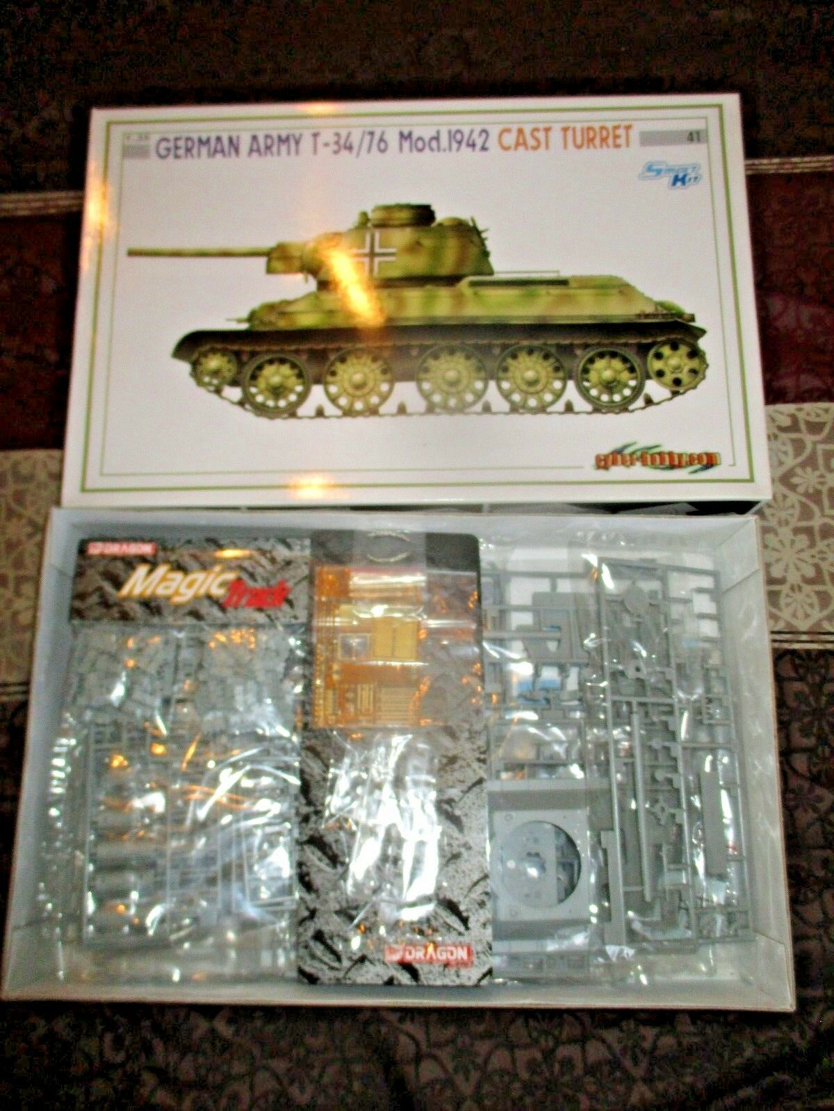 Dragon 1 35 6486 German Army T-34 76  Mod.1942 Cast Turret