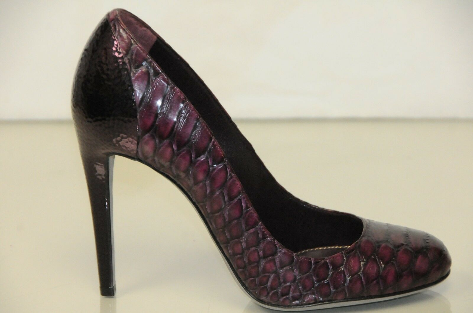 995 NEW Sergio Rossi EXOTIC Python Pitone Wood Pumps Burgundy Plum shoes 40