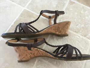 Details about WOMENS HUSH PUPPIES LEATHER STRAPPY SANDAL CORK WEDGE HEEL SIZE US6.5 BROWN#1771