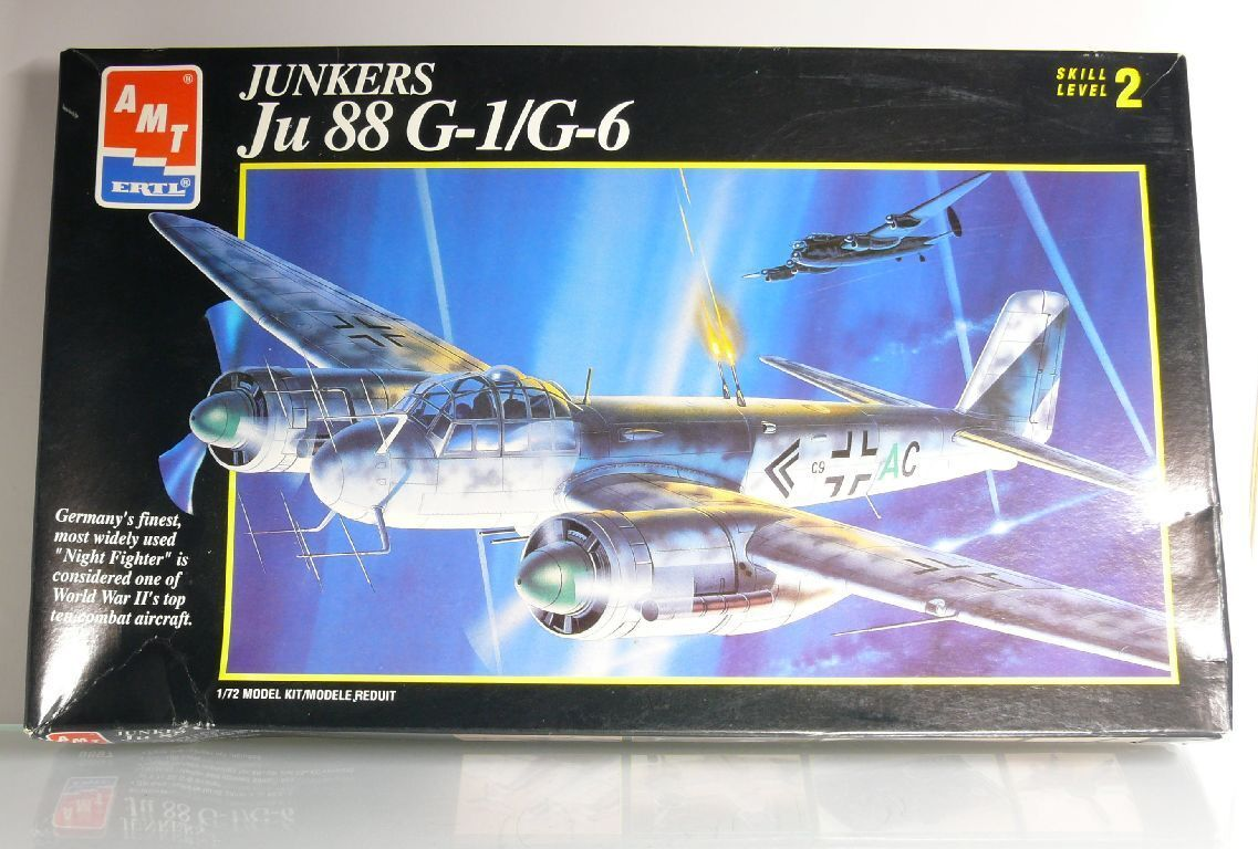 Amt 8897 Aeroplane Junkers Ju 88 G-1 G-6 Fighter Aircraft Kit 1 72 Ovp