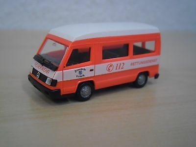 "Herpa-MB 100 d /""servicio de rescate bomberos Leipzig/"" nº 043557-1:87"