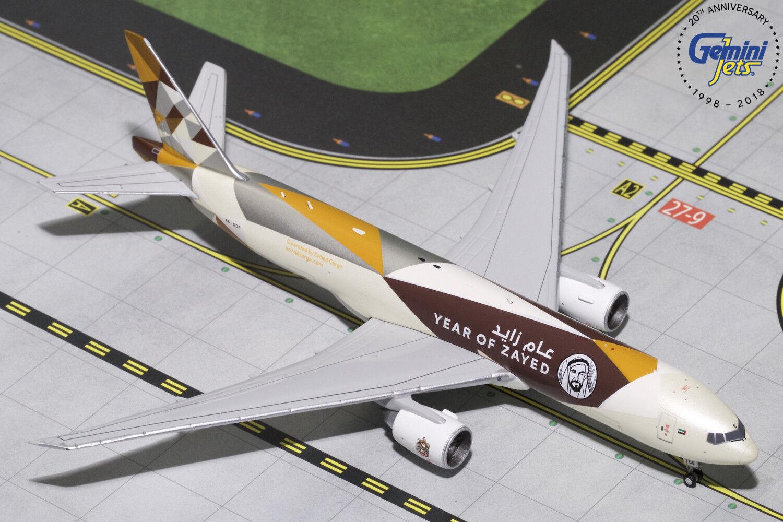 Etihad Cochego Boeing 777F A6-DDE Gemini Jets gjetd 1812 escala 1 400